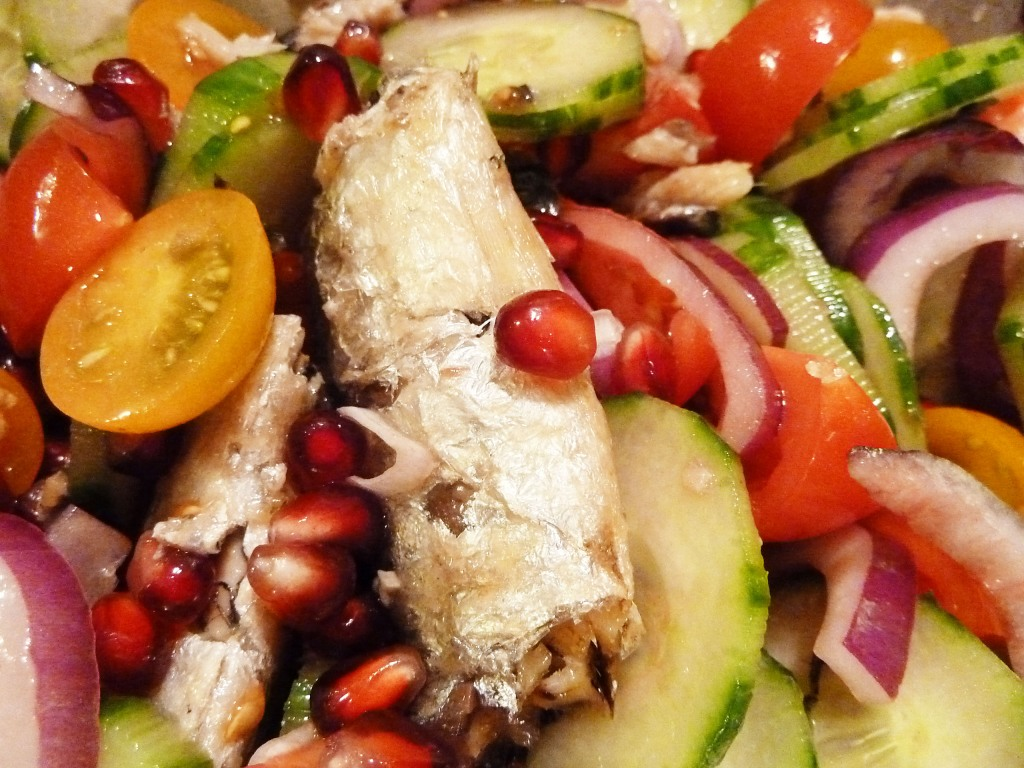 sardine pomegranate tomato cucumber salad